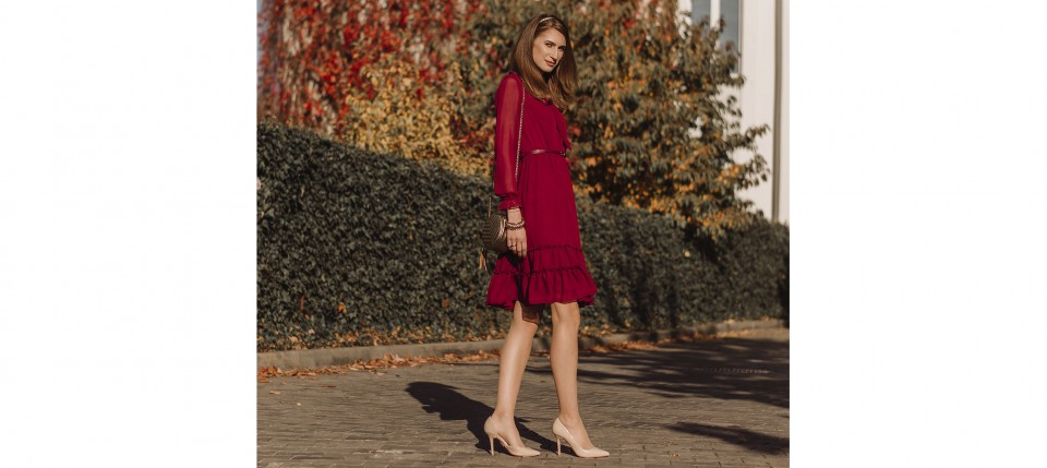 Шифоновое платье - модный хит осени.